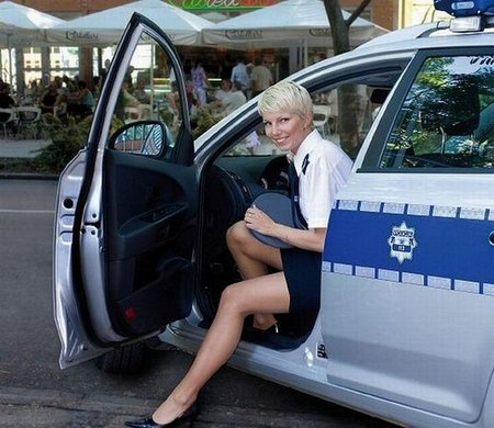 sexy police women 02